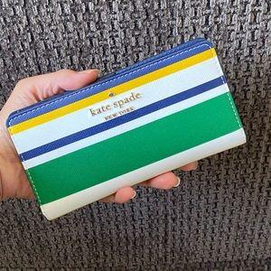 🎉HP🎉 NWT Kate Spade Staci Maritime Stripe Wallet